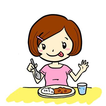 一個吃咖哩的女孩