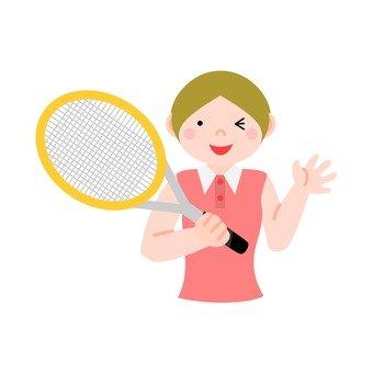 用網球拍女人