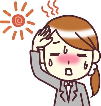 [여성 정장] 정면 _ 더운