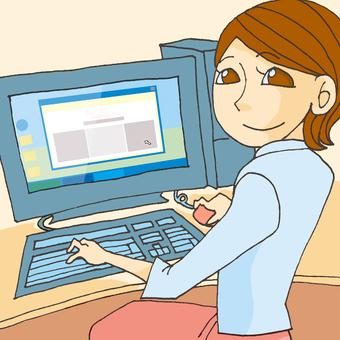 컴퓨터 앞에 여자