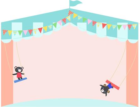 黑熊在空中的鞦韆