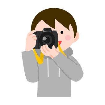 사진을 찍는 남자