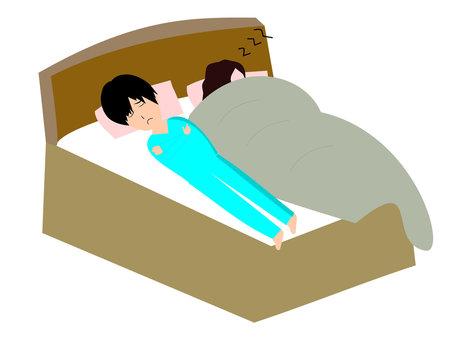 夫婦睡在床上