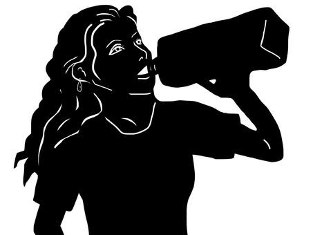 一个女人饮用塑料瓶的水