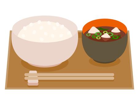 米饭和味噌汤