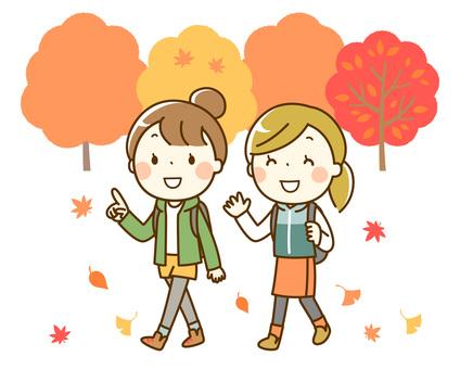 楽しい秋のハイキング_女子旅_背景有り