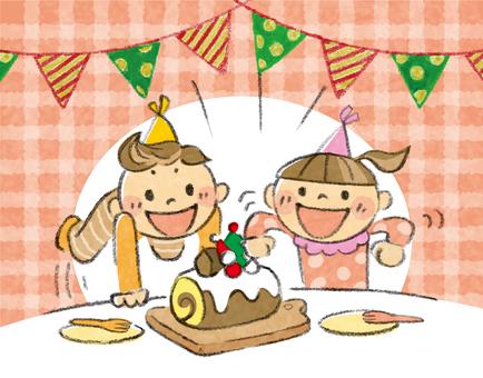 케이크에 기뻐하는 아이들