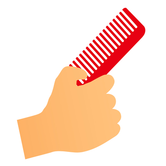 手中拿著一把梳子