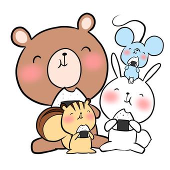 Animals eating onigiri