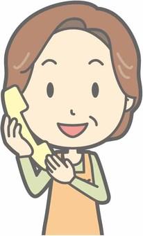 中年家庭主婦 - 電話 - 胸圍