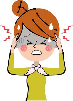 머리가 아픈 두통 상반신 여성