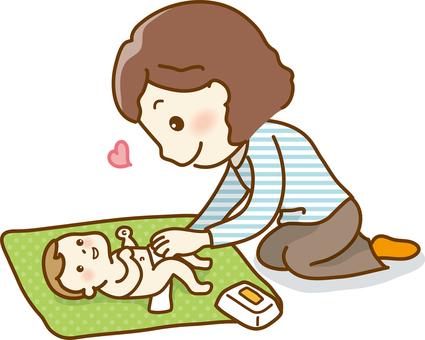 赤ちゃんのおむつ替え