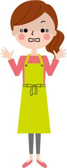 驚人的圍裙婦女