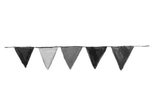 Garland (monochrome)