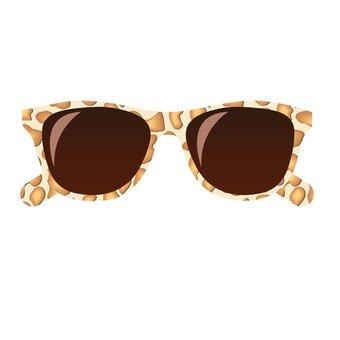 Sunglasses _ leopard pattern