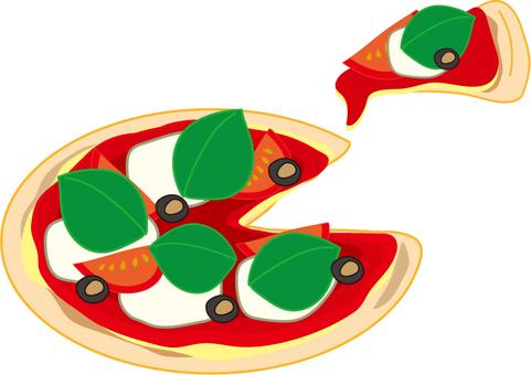 Pizza Margherita cut
