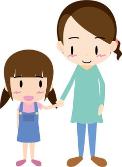 有手的父母和孩子(母親和女兒)