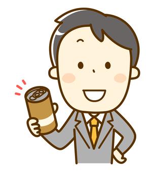 缶コーヒーを持ったサラリーマン