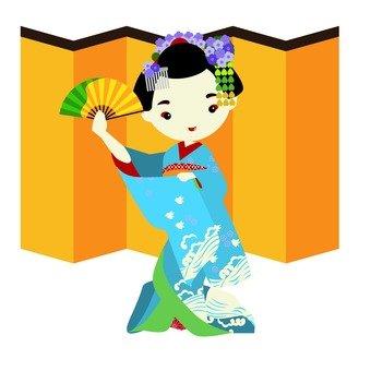 Maiko dancing