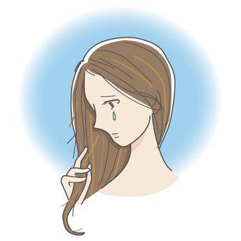 머리가 손상된 여성