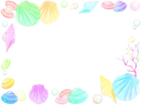 Seashell and pearl frame 1
