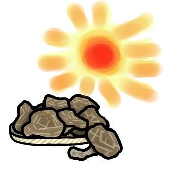 Apply dried shiitake mushrooms to the sun
