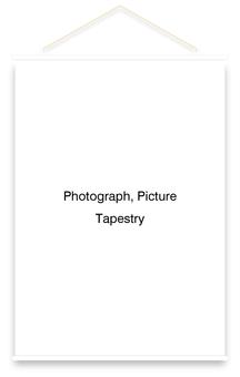 Tapestry vertical (white)