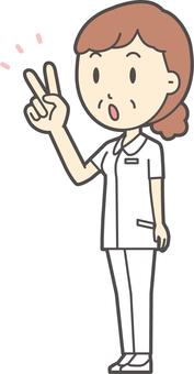 中年婦女護理白色外套210全身