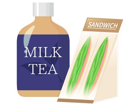 コンビニ飯_サンドイッチと紅茶