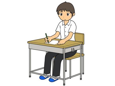考試的男學生