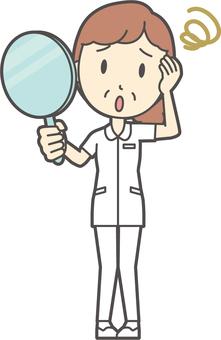 中年婦女護理白大衣-178-全身