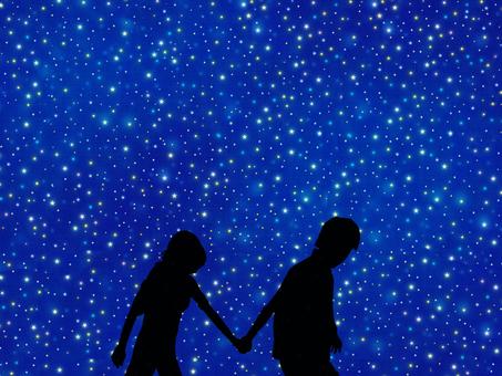 滿天星斗的天空和夫婦