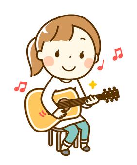 기타를 연습하는 여자