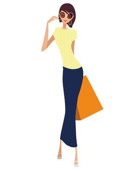 Fashionable women ②