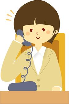 女2打電話