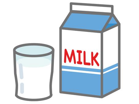 牛奶包裝和杯子