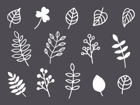 Hand-painted leaf set
