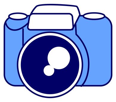 262 single-lens reflex camera 1 (blue line)