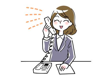 전화 응대를하는 여성