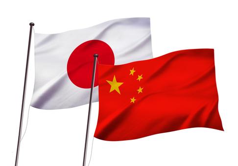 日本と中国の国旗イメージ