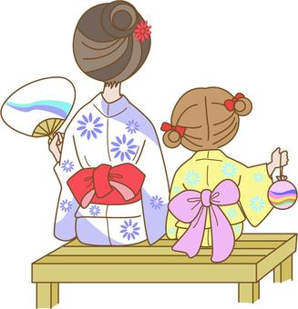 Mother and child in a yukata figure