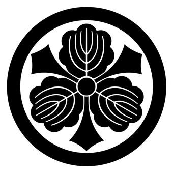 柏 丸 剣 柏 Japanese family crest