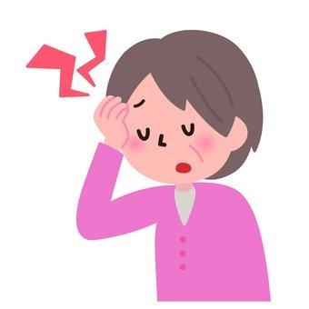 医療-頭が痛む女性