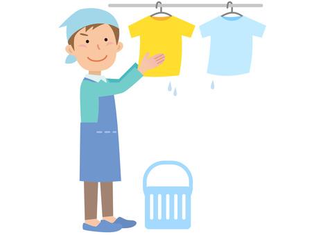 51217. Men, washing