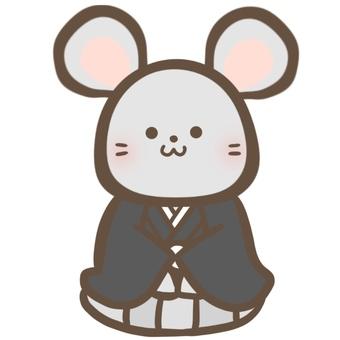 一隻老鼠直立坐著