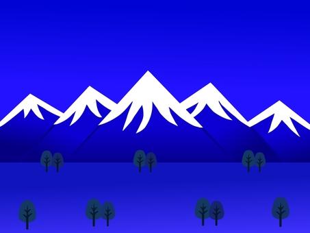 밤의 설산 풍경