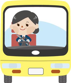 中年女性司機 - 公共汽車(沒有帽子)