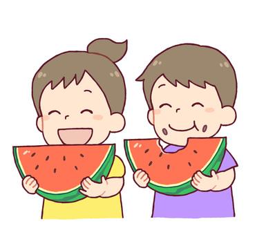 吃西瓜的男人和女人