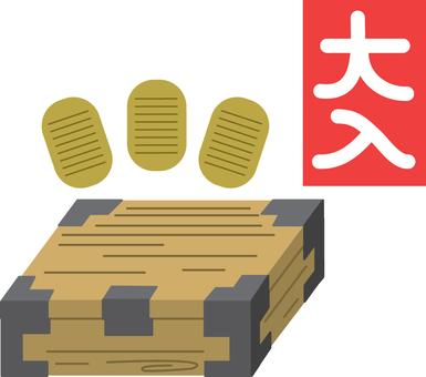 【Events】 Huge entrance · Thousand boxes