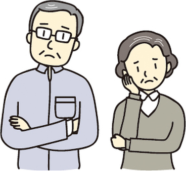 어려움을 겪고있는 노인 부부